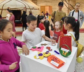 Выставка «Айналдың Астанаға аппақ арман»